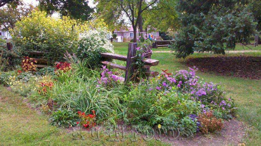 Washington Iowa garden park